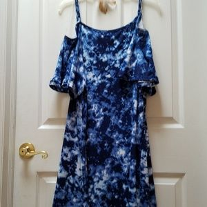 Dress by Rouge Size X2. Fits more like 1X